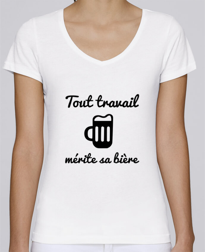 Camiseta Mujer Cuello en V Stella Chooses Tout travail mérite sa bière, humour, citations por Benichan