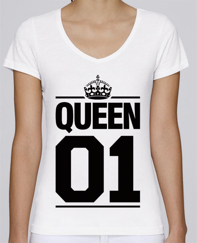 Camiseta Mujer Cuello en V Stella Chooses Queen 01 por Freeyourshirt.com