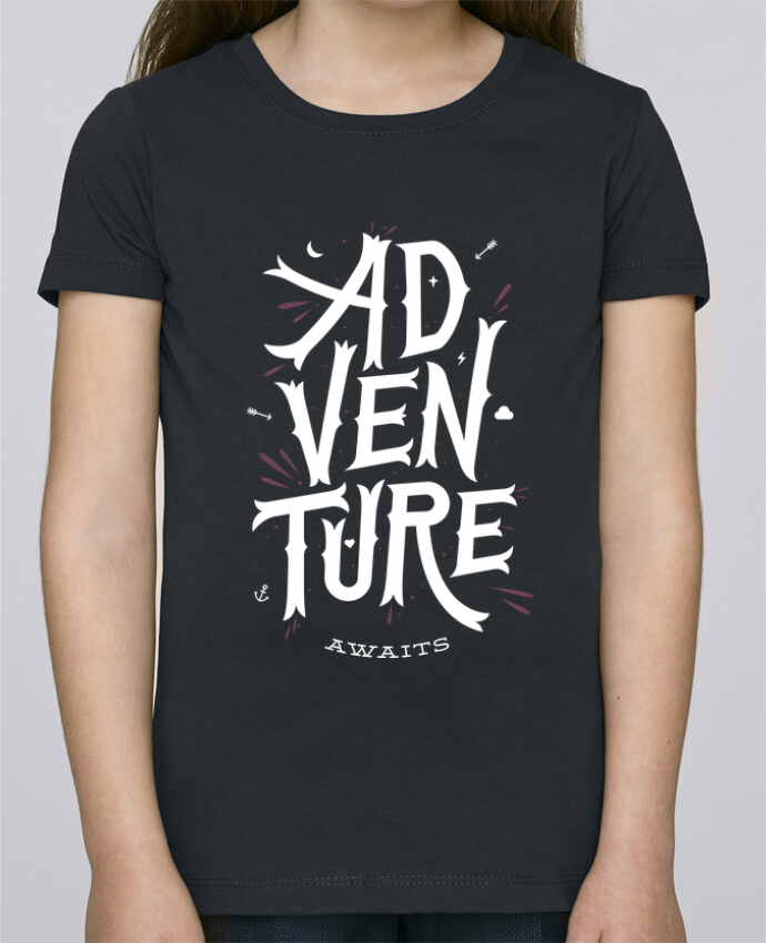 Camiseta Niña Stella Draws Adventure Awaits por chriswharton