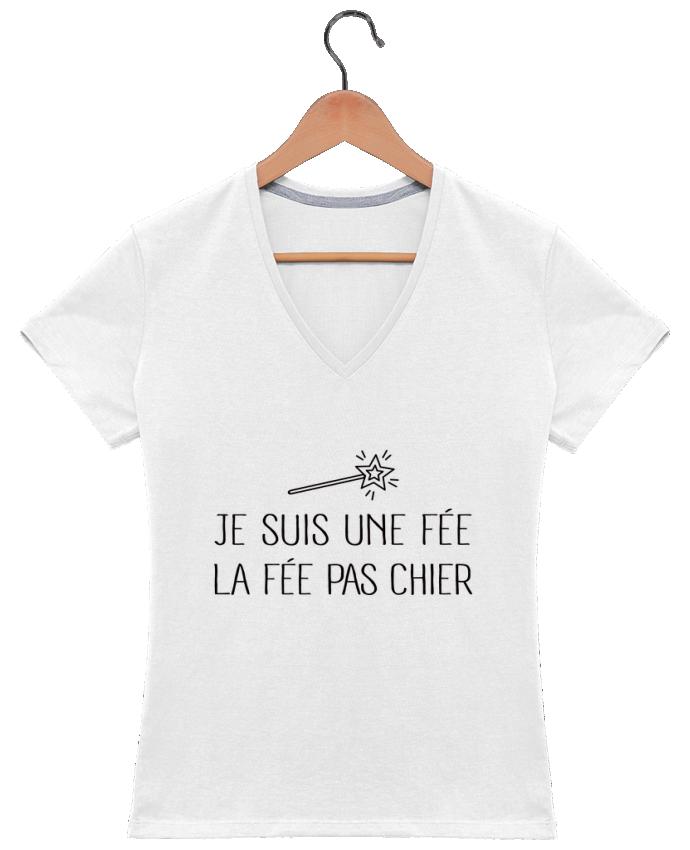 Camiseta Mujer Cuello en V Je suis une fée la fée pas chier por Freeyourshirt.com