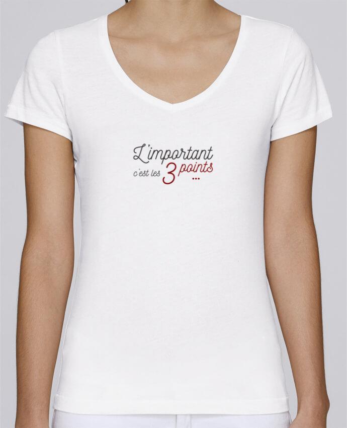 Camiseta Mujer Cuello en V Stella Chooses L'important c'est les trois points por AkenGraphics