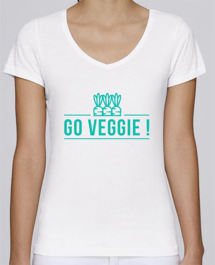Camiseta Mujer Cuello en V Stella Chooses Go veggie ! por Folie douce