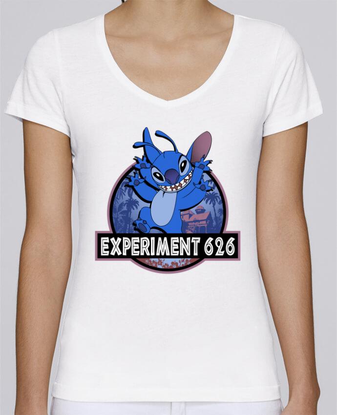 Camiseta Mujer Cuello en V Stella Chooses Experiment 626 por Kempo24