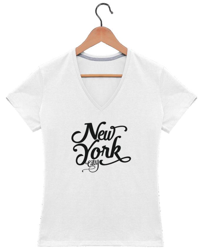 Camiseta Mujer Cuello en V New York City por justsayin