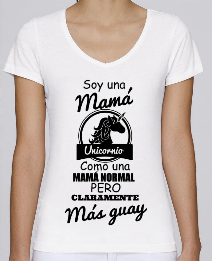 Camiseta Mujer Cuello en V Stella Chooses Mamá unicornio por tunetoo