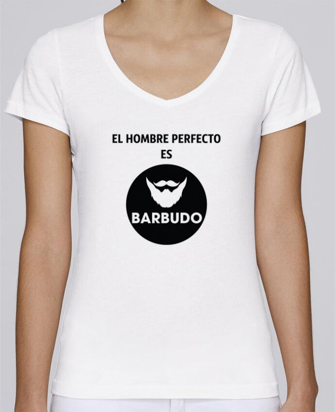 Camiseta Mujer Cuello en V Stella Chooses El hombre perfecto es barbudo por tunetoo