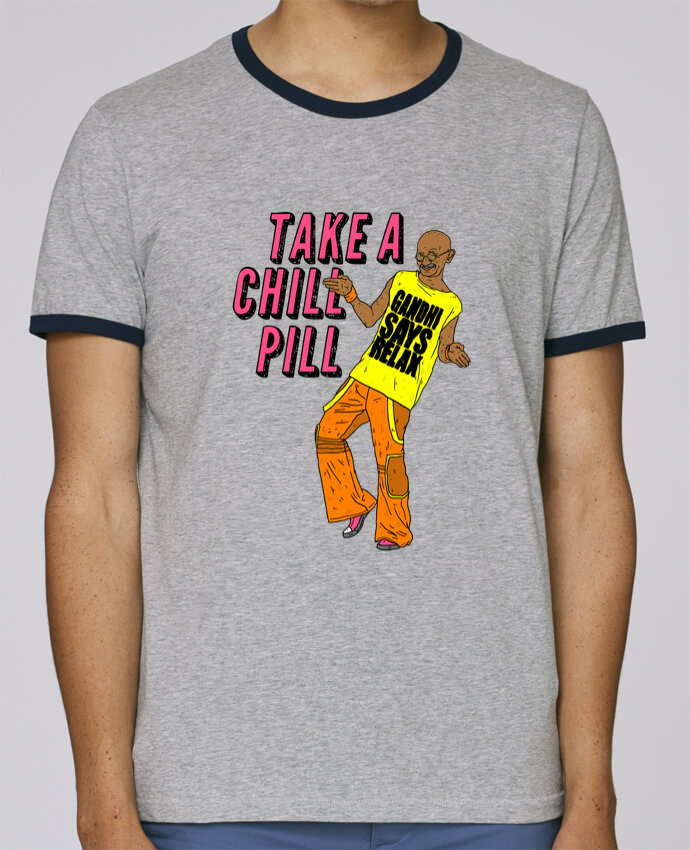 Camiseta Bordes Contrastados Hombre Stanley Holds Chill Pill pour femme por Nick cocozza
