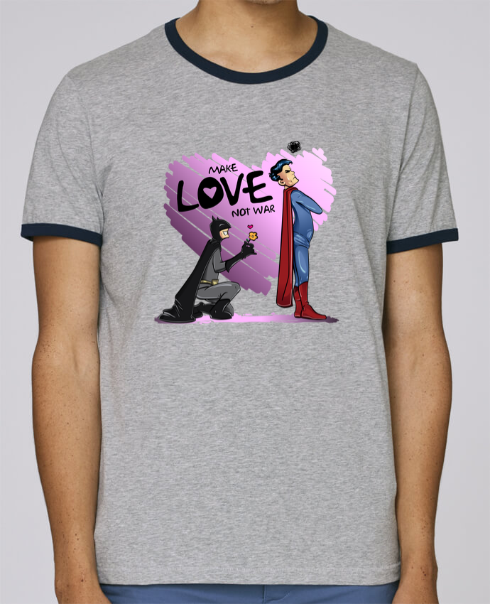 Camiseta Bordes Contrastados Hombre Stanley Holds MAKE LOVE NOT WAR (BATMAN VS SUPERMAN) pour femme por teeshirt-design.com