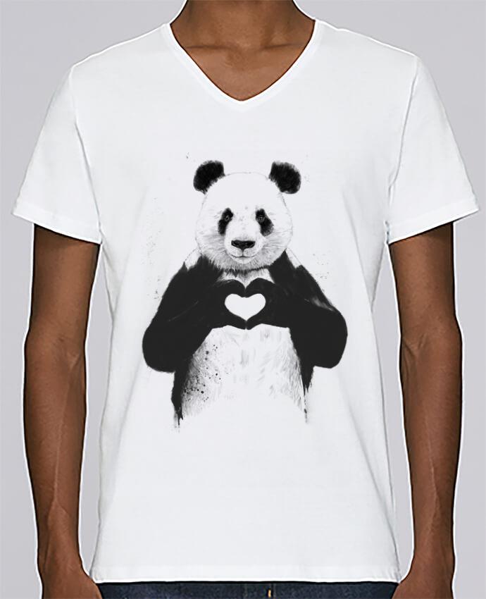 Camiseta Hombre Cuello en V Stanley Relaxes All you need is love por Balàzs Solti