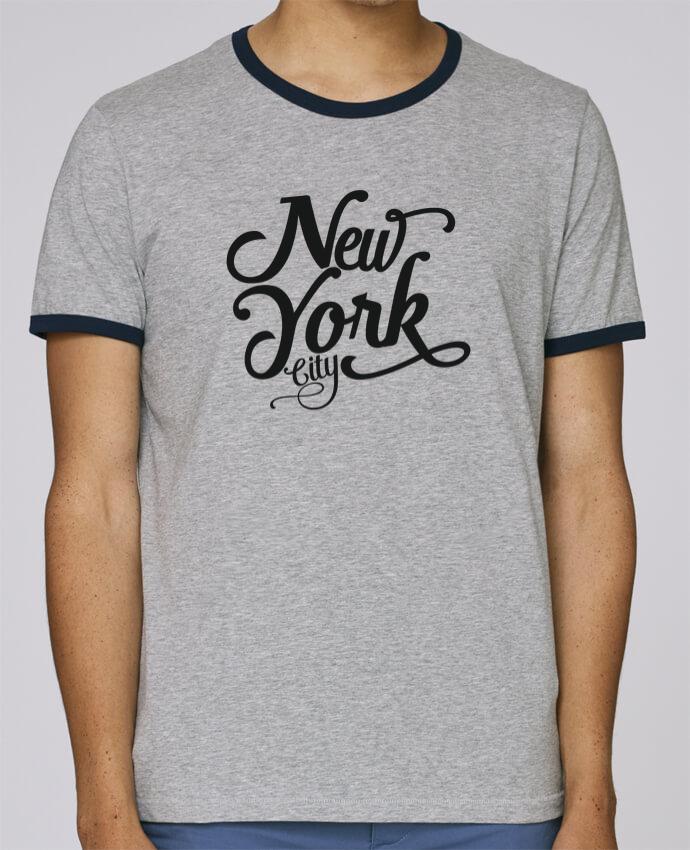 Camiseta Bordes Contrastados Hombre Stanley Holds New York City pour femme por justsayin