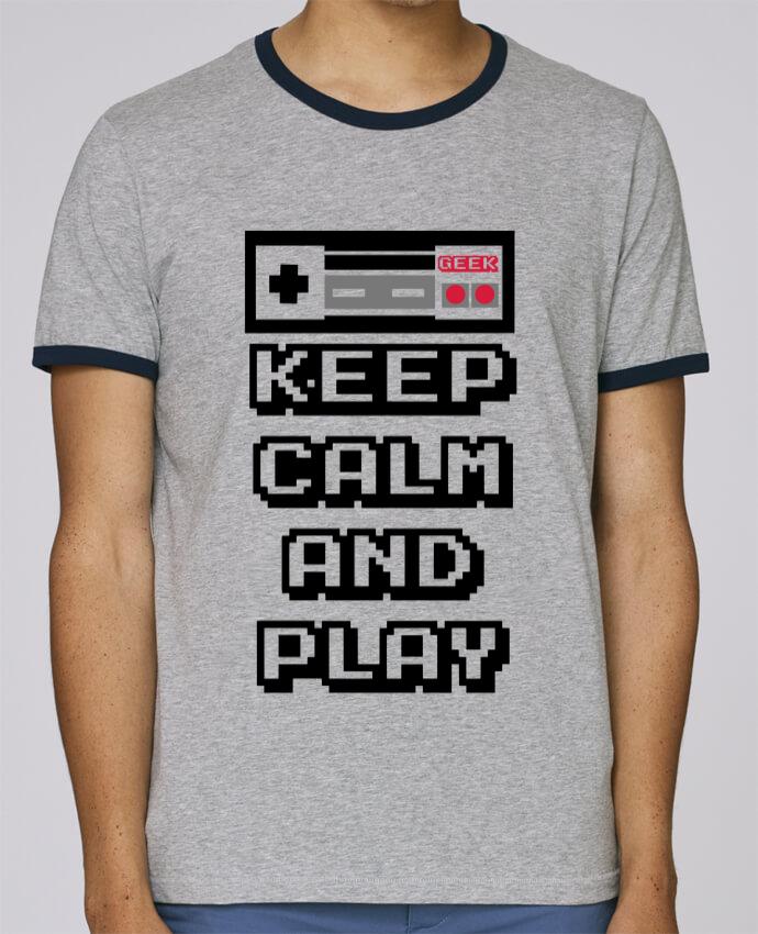 Camiseta Bordes Contrastados Hombre Stanley Holds KEEP CALM AND PLAY pour femme por SG LXXXIII