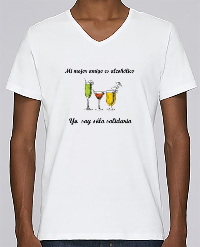 Camiseta Hombre Cuello en V Stanley Relaxes Mi mejor amigo es alcohólico, yo soy sólo solidario por tunetoo