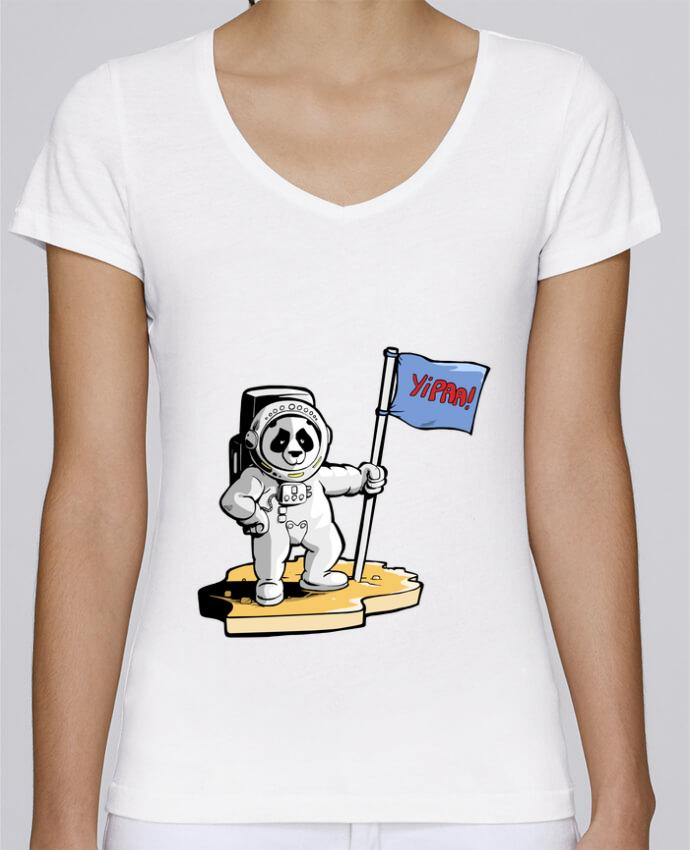 Camiseta Mujer Cuello en V Stella Chooses Panda-cosmonaute por Tomi Ax - tomiax.fr