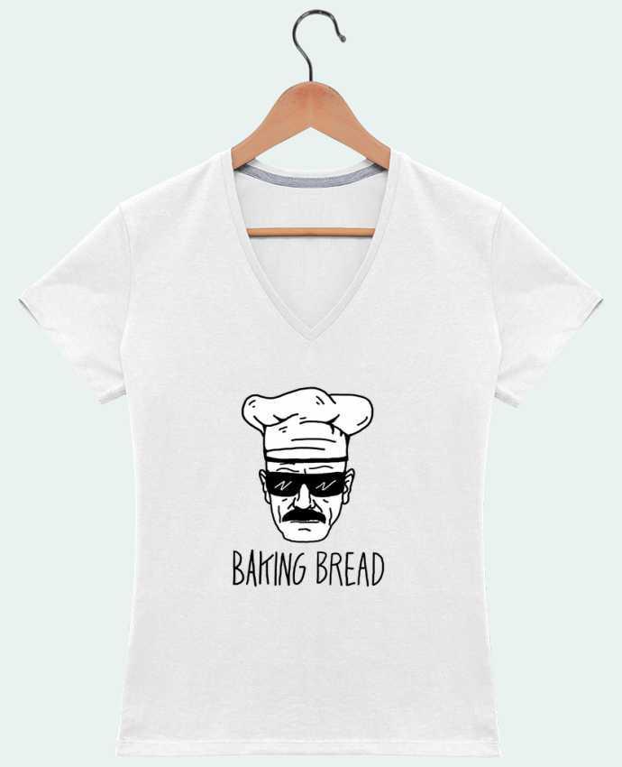 Camiseta Mujer Cuello en V Baking bread por Nick cocozza