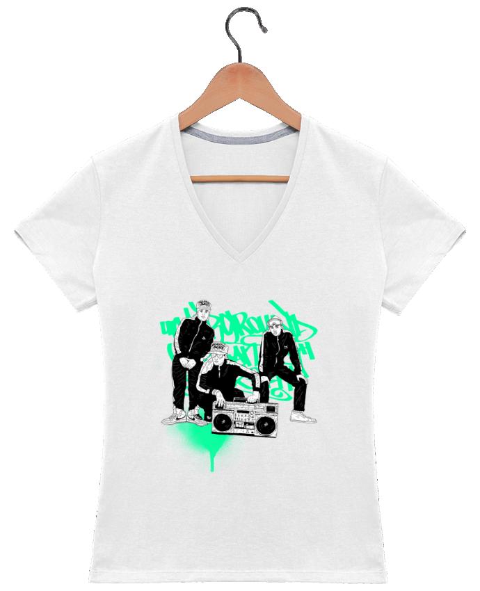 Camiseta Mujer Cuello en V beastieboys por Nick cocozza