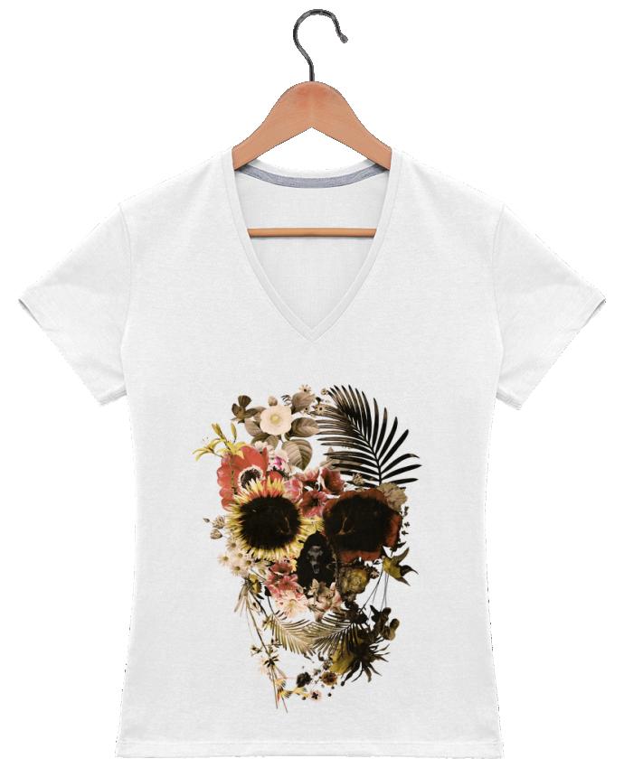 Camiseta Mujer Cuello en V Garden Skull por ali_gulec