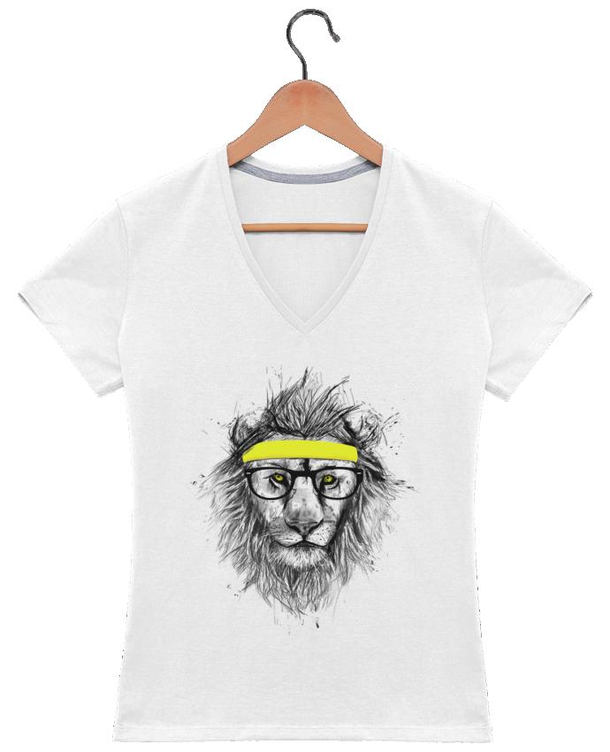 Camiseta Mujer Cuello en V Hipster Lion por Balàzs Solti