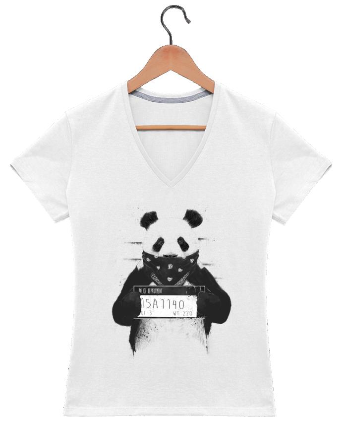 Camiseta Mujer Cuello en V Bad panda por Balàzs Solti