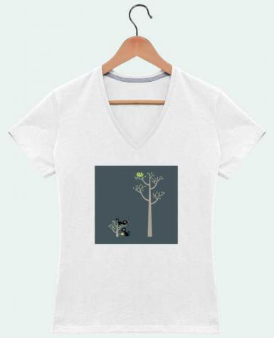 Camiseta Mujer Cuello en V Growing a plant for Lunch por flyingmouse365