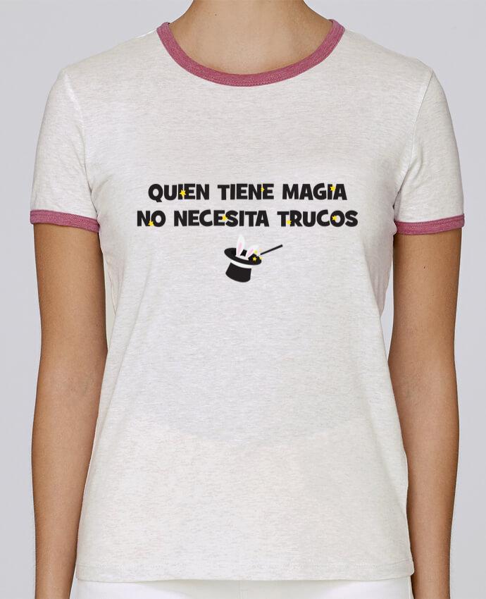 Camiseta Mujer Stella Returns Quien tiene magia no necesita trucos pour femme por tunetoo