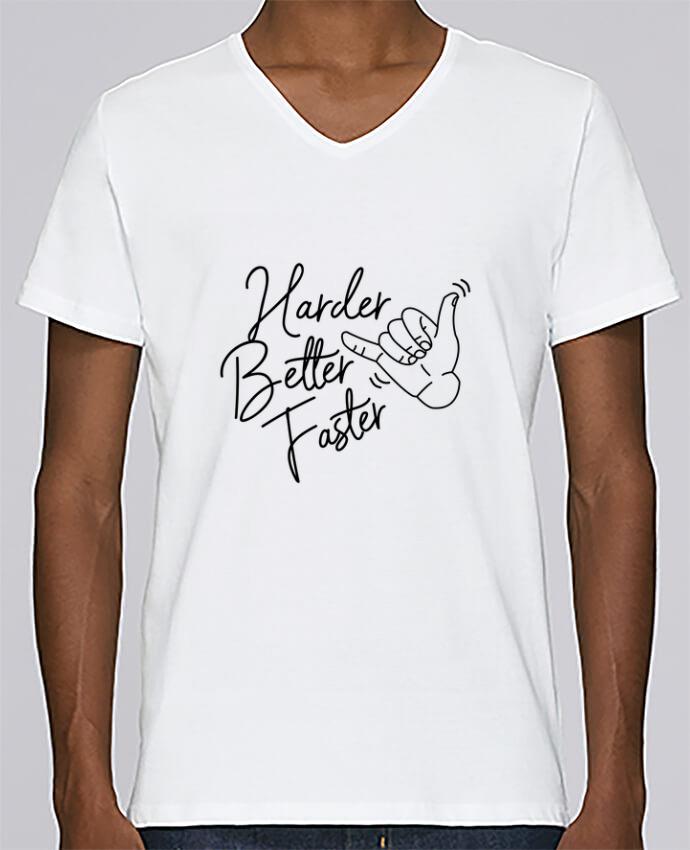 Camiseta Hombre Cuello en V Stanley Relaxes Harder Better Faster por Nana