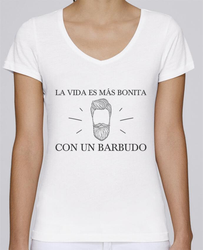 Camiseta Mujer Cuello en V Stella Chooses La vida es más bonita con un barbudo por tunetoo