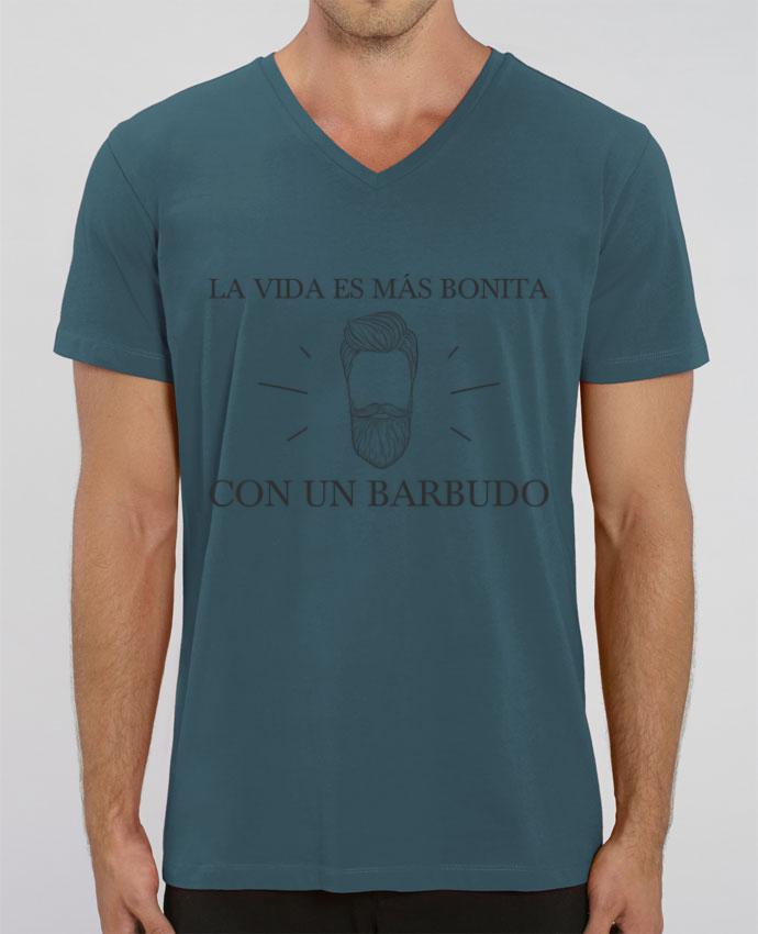 Camiseta Hombre Cuello V Stanley PRESENTER La vida es más bonita con un barbudo por tunetoo